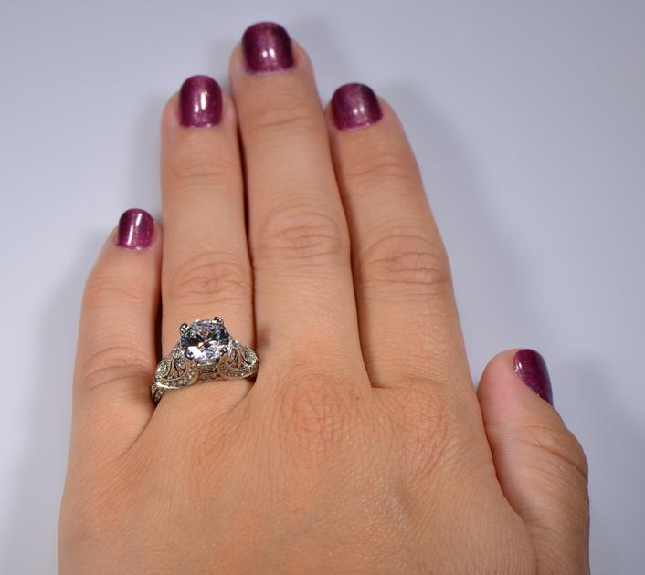 How to Buy Diamond Engagement Ring on a Budget?