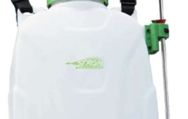 Application of agricultural manual sprayer